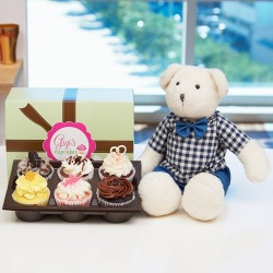 Gigi's 6 cup cakes with a milky bear doll (15100703)