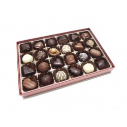 Royal Red 24 Chocolates (1608284)