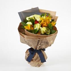 Pink Roses with Seasoning Flowers Arrangement(OFB-005)