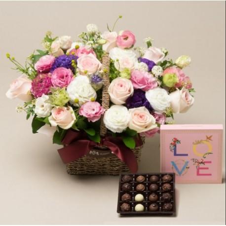 Violet Dream + HQ Chocolates (2101283)